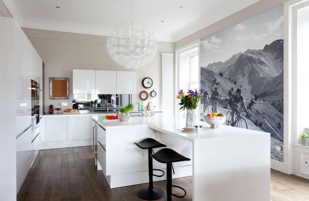 Фотообои среднего размера на кухне