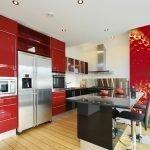Красная мебель на кухне