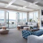 Современный дизайн квартиры с панорамными окнами