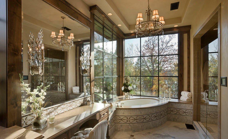 Ванная комната с панорамными окнами