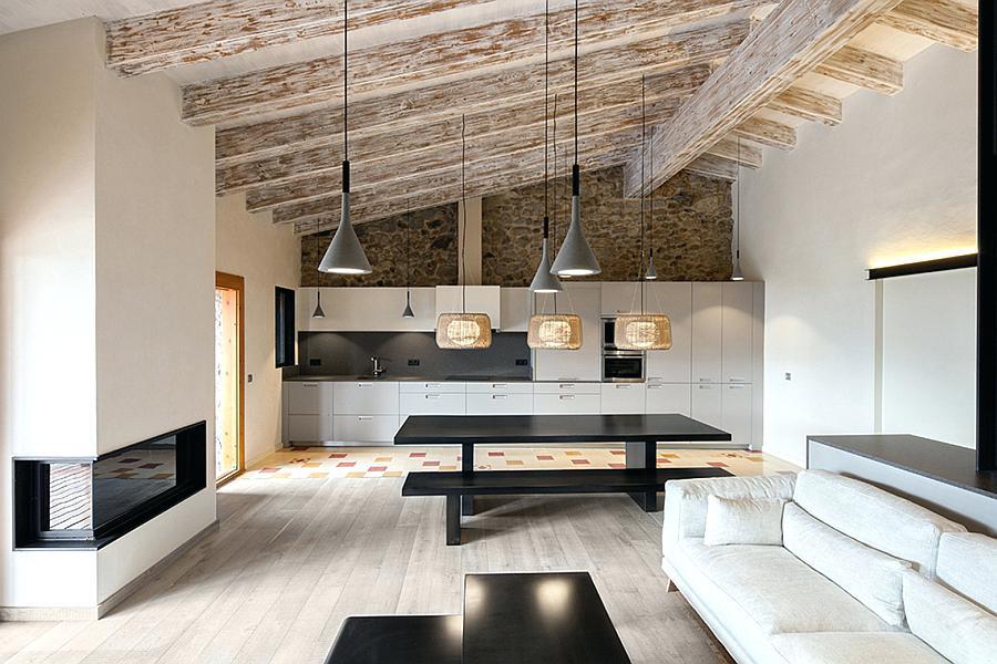 Испанский стиль в современной интерьере