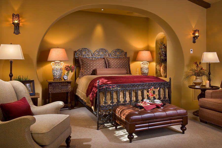 Спальня в испанском стиле
