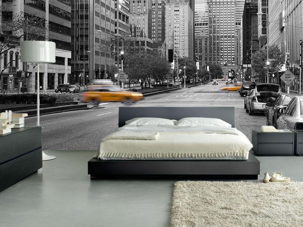 Черно-белая спальня с фотообоями город