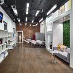 Вариант отделки потолка и пола в офисе