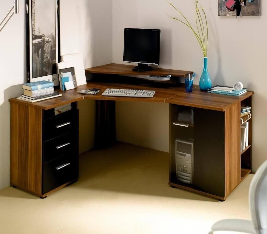 Угловой стол в интерьере