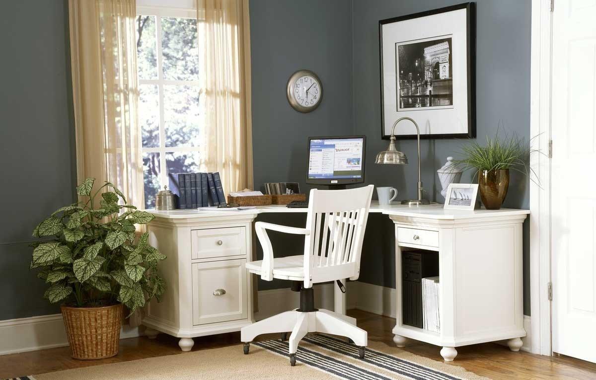 Письменные столы в интерьере