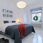 Черно-белое постельное белье в интерьере спальни