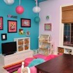 Бирюзовый и розовый в дизайне детской