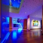 Синее освещение комнат
