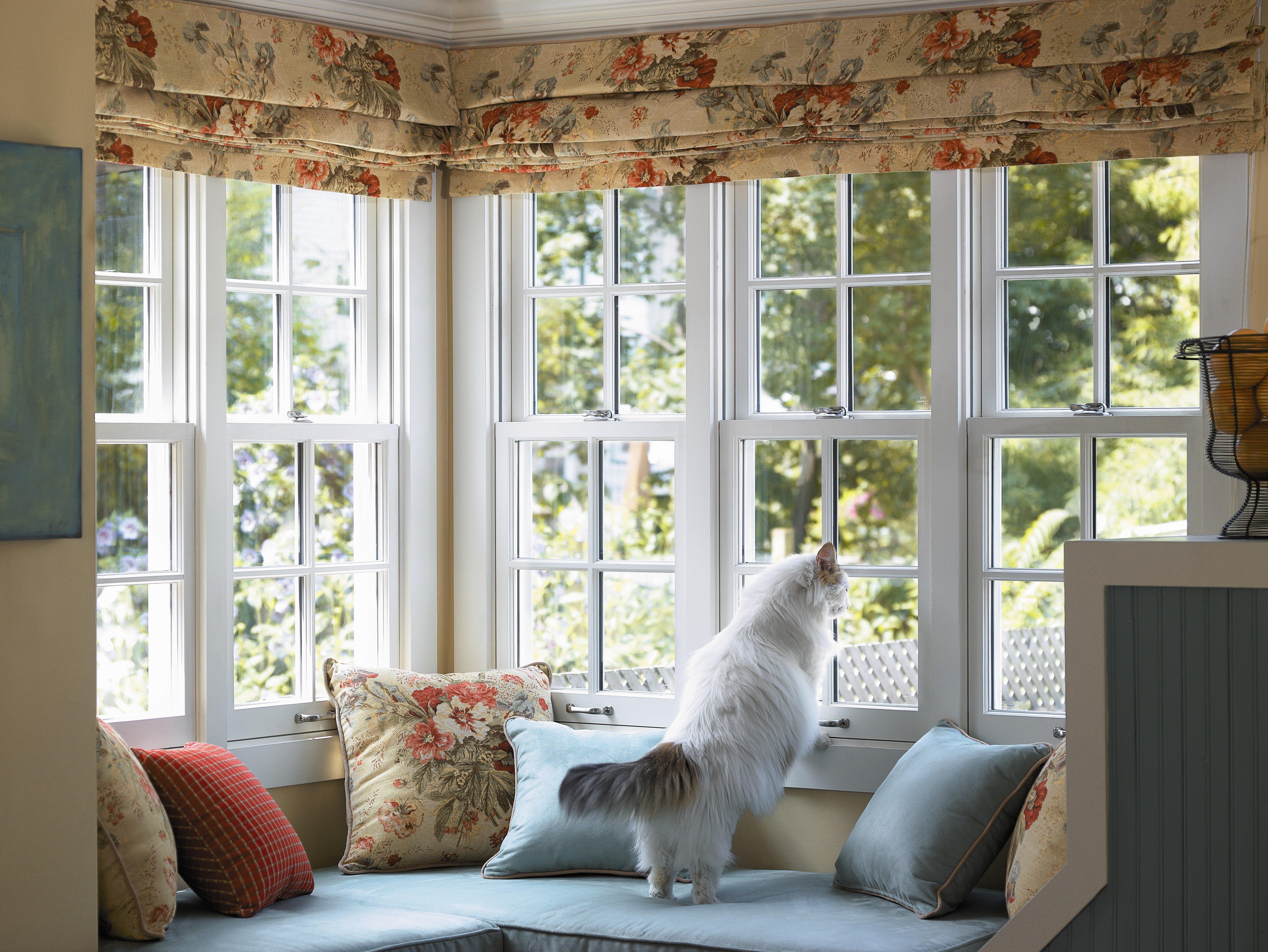 окно уютным без штор фото