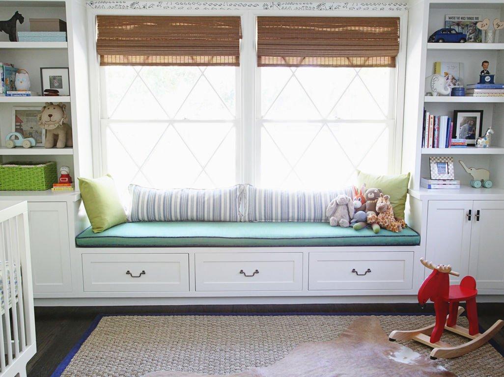 Подоконник-кровать