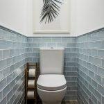 Плитка под кирпич в дизайне туалета
