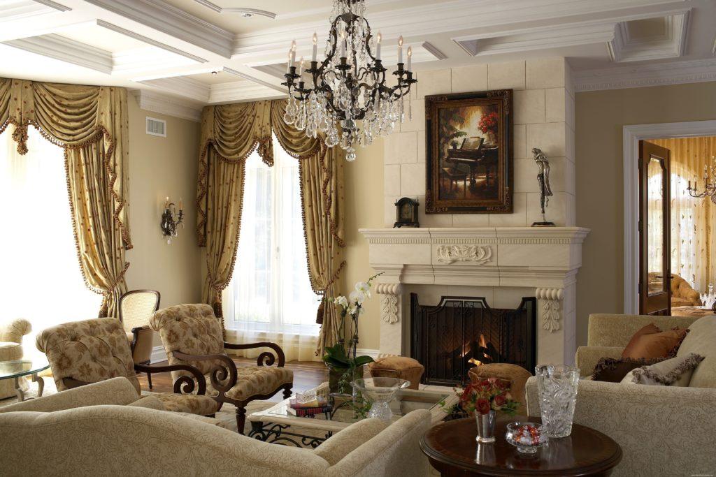 Светлая мебель в интерьере викторианском стиле