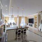 Золотые оттенки в интерьере кухни