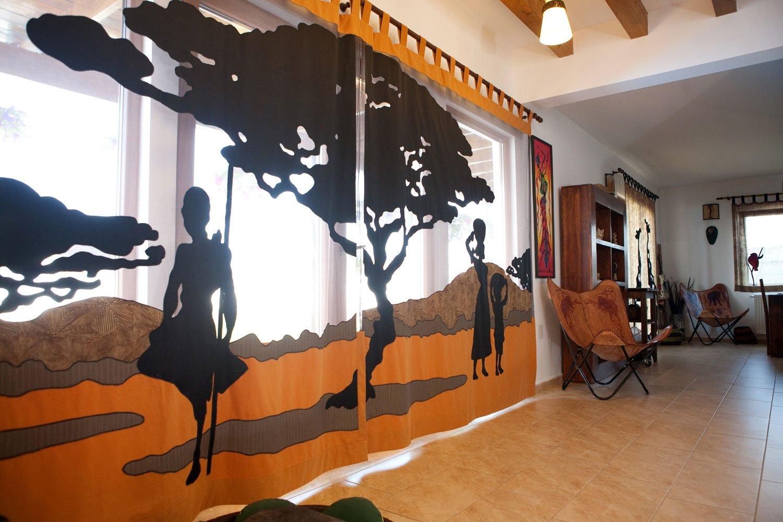 Текстиль в интерьере в африканском стиле