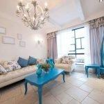 Голубая мебель в гостиной