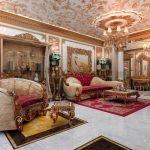 Мраморный пол в гостиной