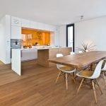 Белая кухня в дизайне квартиры