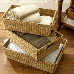 Три плетеные коробки для хранения