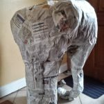 Слон в процессе работы