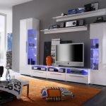 Мебель с подсветкой в гостиной