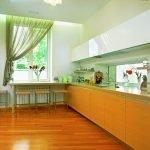 Зеленая занавеска на кухне