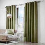 Плотные зеленые шторы