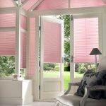 Интерьер в розово-белом цвете