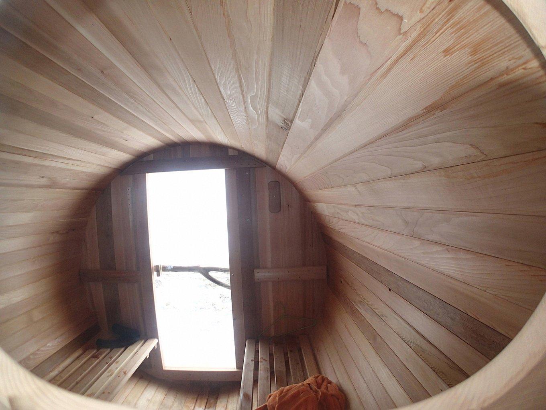 Как выглядит мобильная баня внутри