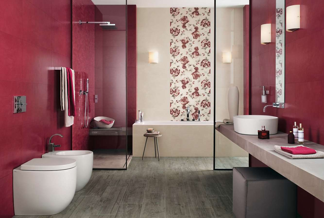 Сочетание бордового и белого в дизайне ванной
