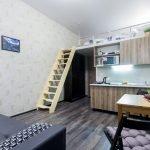 Рабочая и спальная зона в квартире-студии