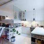 Стекло в дизайне квартиры