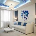 Декор стен и потолка в гостиной орнаментом гжель