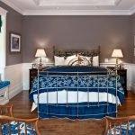 Синие акценты в дизайне спальни