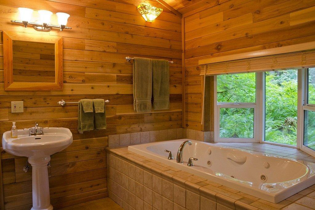 Имитация бруса в ванной