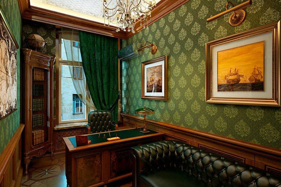 Интерьер кабинета в классическом стиле