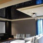 Черно-белый потолок