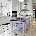 Вариант укладки плитки на кухне