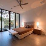 Спальня с выходом на веранду