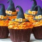 Шляпа ведьмы на кексах