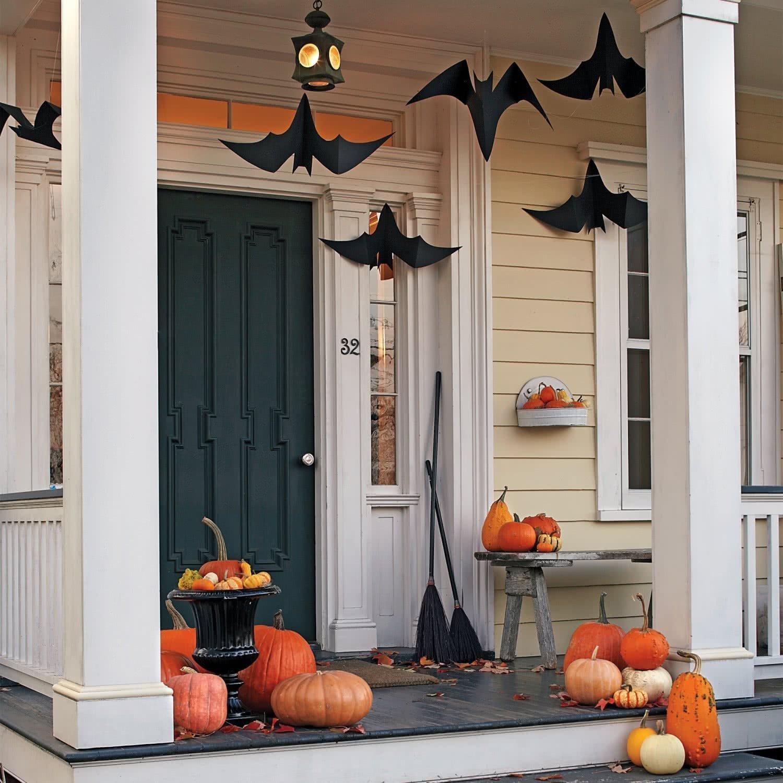 Декор фасада на хэллоуин