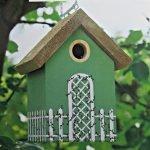 Зеленый домик для птиц