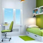 Большая комната для подростка с естественным освещением