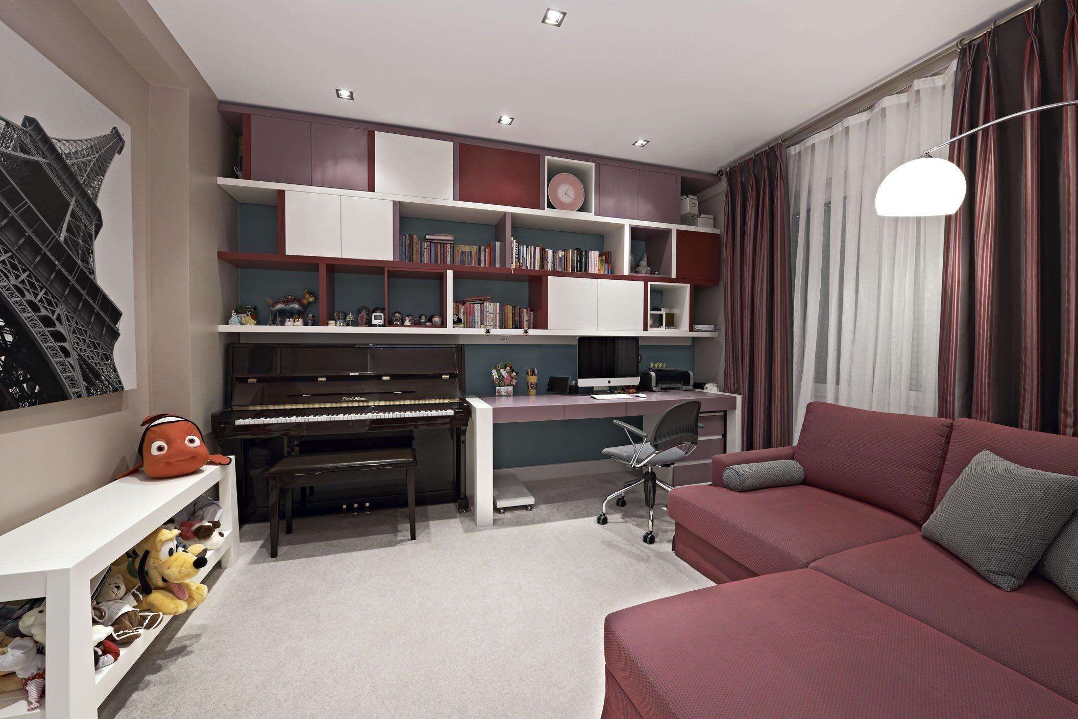 Молодежная комната с угловым диваном