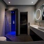 Круглые зеркала с подсветкой в ванной