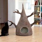 Домик для кошки в виде дерева