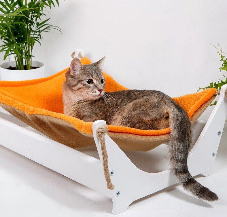 Оранжевый гамак для кошки