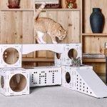 Игровой комплекс с домиком из картона для кошки