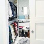 Женский небольшой гардероб