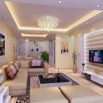 Люстра и дополнительное освещение в гостиной